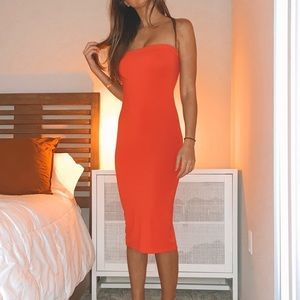 Other - Red stretchy strapless red dress